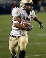 10 October 2007: Navy running back Zerbin Singleton..The Navy Midshipmen beat the Pitt Panthers 48-45 in double overtime on October 10, 2007 at Heinz Field, Pittsburgh, Pennsylvania.