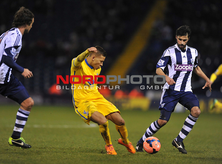 Crystal Palace's Dwight Gayle shoots at goal. -  04/01/2014 - SPORT - FOOTBALL - West Bromwich - The Hawthorns - West Brom v Crystal Palace - FA Cup - Third Round<br /> Foto nph / Meredith<br /> <br /> ***** OUT OF UK *****