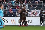 Jubel beim FC St. Pauli  nach dem 0:1 beim Spiel in der 2. Bundesliga, SV Sandhausen - FC St. Pauli.<br /> <br /> Foto © PIX-Sportfotos *** Foto ist honorarpflichtig! *** Auf Anfrage in hoeherer Qualitaet/Aufloesung. Belegexemplar erbeten. Veroeffentlichung ausschliesslich fuer journalistisch-publizistische Zwecke. For editorial use only. For editorial use only. DFL regulations prohibit any use of photographs as image sequences and/or quasi-video.