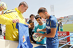Getafe's new player Juan Cala with the fans during his official presentation. July 6, 2015. (ALTERPHOTOS/Acero)