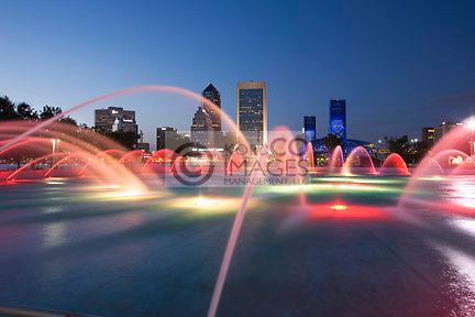 FRIENDSHIP PARK FOUNTAIN DOWNTOWN SKYLINE JACKSONVILLE FLORIDA USA