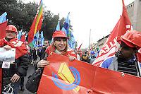 Roma, 3 Marzo 2012.Manifestazione dei lavoratori del settore edile e delle costruzioni contro la crisi economica e le morti sul lavoro..Cgil Cisl Uil