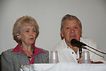 Diana Sowle - I Remember Mama and Bob Hastings - GH Burt Ramsey at 4th Annual Mid-Atlantic Nostalgia Convention in Aberdeen, Maryland. (Photo by Sue Coflin/Max Photos)