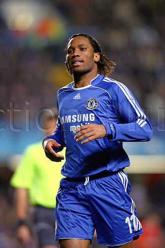 6 March 2007: Chelsea striker Didier Drogba during the UEFA Champions League last 16 second leg match between Chelsea and Porto played at the Stamford Bridge. Chelsea won the game 2-1, to win 3-2 over the two legs. Photo: Glyn Kirk/actionplus..070306 football soccer player