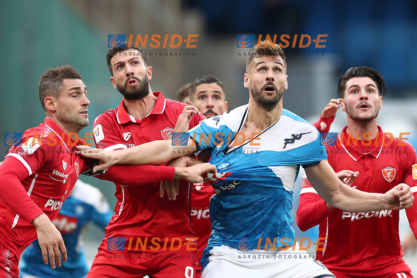 Fernando Llorente of Napoli compete for the ball<br /> Napoli 14-01-2020 Stadio San Paolo <br /> Football Italy Cup 2019/2020 SSC Napoli - AC Perugia<br /> Photo Cesare Purini / Insidefoto