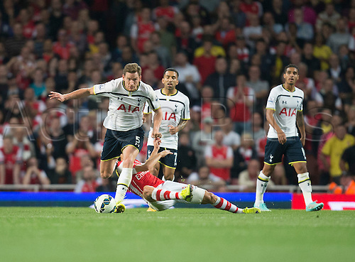 27.09.2014.  London, England. Barclays Premier League. Arsenal versus Tottenham Hotspur. Tottenham Hotspur's Jan Vertonghen looks to bring the ball out of defence.