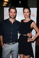 Dustin Milligan, Amanda Crew<br />