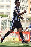 RIO DE JANEIRO, RJ, 04 DE MARCO 2012 - CAMPEONATO CARIOCA - 2a RODADA - TACA RIO - BOTAFOGO X VOLTA REDONDA - Herrera, jogador do Botafogo, comemora o seu gol,  durante partida contra o Volta Redonda, pela 2a rodada da Taca Rio, no estadio de Sao Januario, na cidade do Rio de Janeiro, neste domingo, 04. FOTO BRUNO TURANO  BRAZIL PHOTO PRESS