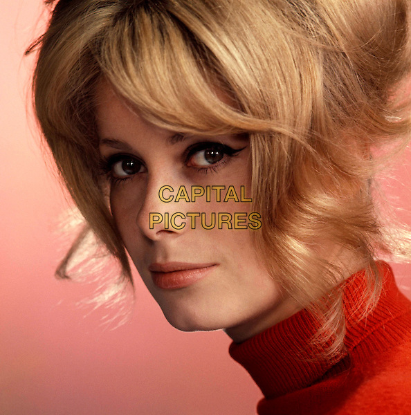 CATHERINE DENEUVE .*Filmstill - Editorial Use Only*.CAP/PLF.Supplied by Capital Pictures.