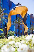 Luminaire Sculpture at Cerritos Towne Center