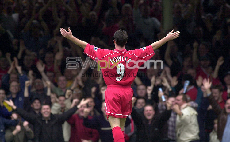 Pix: Ben Duffy....Zurich Premiership Rugby....Leicester v Liverpool......20/10/2001..COPYWRIGHT PICTURE>>SIMON WILKINSON>>01943 436649>>..Liverpool's Robbie Fowler celebrates his second goal and third for his team against Leicester.