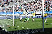 VOETBAL: HEERENVEEN, Abe Lenstra Stadion, 29-09-2013, SC Heerenveen - SC Cambuur, uitslag 2-1, Alfred Finnbogason scoort de 2-1, ©foto Martin de Jong