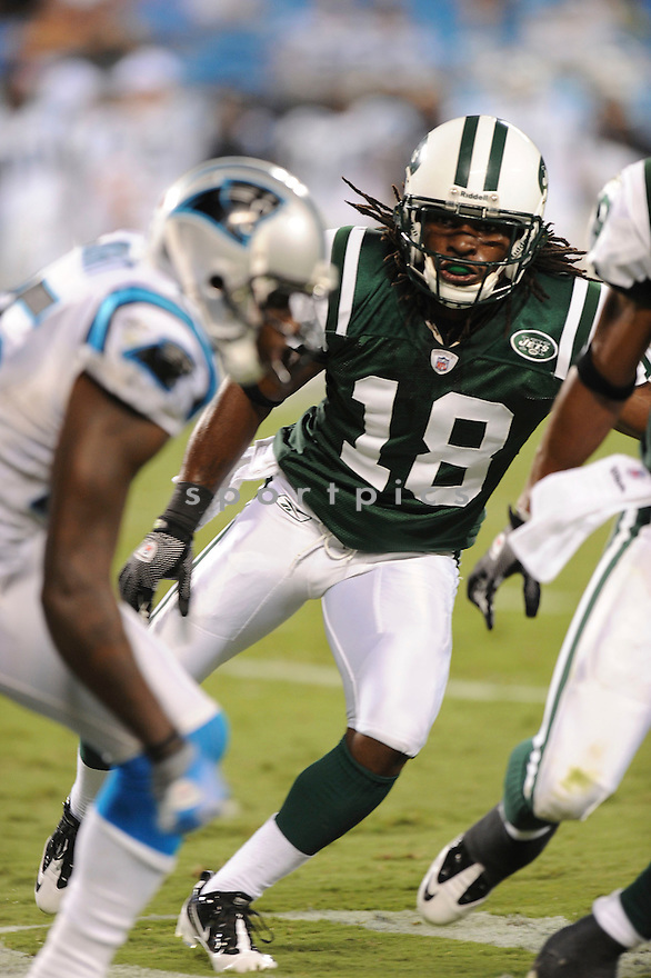 VIC HALL, of the New York Jets in action during the Jets game against the Carolina Panthers  at Bank of America Stadium in Charlotte, N.C.  on August 21, 2010.  The Jets beat the Panthters 9-3 in the second week of preseason games...