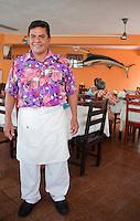 waiter, portrait, Amigo Miguel, Centro historico, Acapulco, Guerrero, Mexico