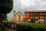Jastarnia, 2008-06-21. Dom wczasowy i budynek Urzędu Miasta w Jastarni
