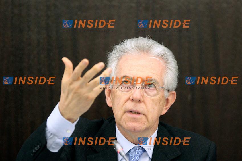 """Mario Monti.Roma 08/05/2012 Sala Polifunzionale. Incontro """"Riforme e crescita: L'agenda italiana per l'Europa""""..Photo Samantha Zucchi Insidefoto"""