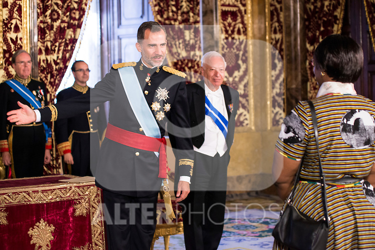 Ambassador of Zimbabwe, SRA. Rudo Mabel Chitiga present his credentials to King Felipe VI of Spain during royal audiences at Real Palace in Madrid, July 27, 2015. <br /> (ALTERPHOTOS/BorjaB.Hojas)