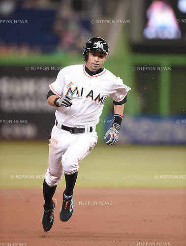 Ichiro Suzuki (Marlins),<br /> MAY 22, 2015 - MLB :<br /> Ichiro Suzuki of the Miami Marlins runs to third base during the Major League Baseball game against the Baltimore Orioles at Marlins Park in Miami, Florida, United States. (Photo by AFLO)