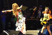 RECIFE, PE - 30.01.2016 - A cantora Elba Ramalho se apresenta no tradicional Baile Municipal do Recife, em sua 52ª edição, que homenageia neste ano Maestro Forró, Clube Carnavalesco Misto Pão Duro e o Maracatu Porto Rico, no Classic Hall, neste sábado, 30. (Foto: Jean Nunes/Brazil Photo Press)