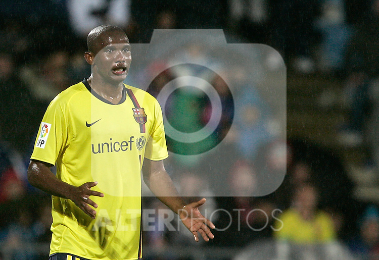 Barcelona's Samuel Eto'o dejected during La Liga match, April 18, 2009. (ALTERPHOTOS/Alvaro Hernandez).