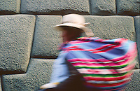 Calle Hatumanriyoc, Cusco, Peru, 2016.