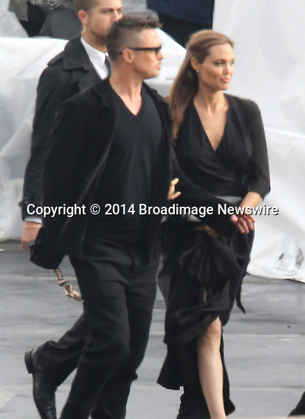 Pictured: Brad Pitt and Angelina Jolie<br /> Mandatory Credit &copy; Fernando Allende/Adriano Camolese/Broadimage<br /> Brad Pitt and Angelina Jolie signing authographs at the 2014 Independent Spirit Awards<br /> <br /> 3/1/14, Santa Monica, California, United States of America<br /> Reference: 030114_FALA_BDG_009<br /> <br /> Broadimage Newswire<br /> Los Angeles 1+  (310) 301-1027<br /> New York      1+  (646) 827-9134<br /> sales@broadimage.com<br /> http://www.broadimage.com