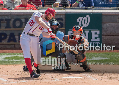 7 August 2016: Washington Nationals infielder Daniel Murphy in action against the San Francisco Giants at Nationals Park in Washington, DC. The Nationals shut out the Giants 1-0 to take the rubber match of their 3-game series. Mandatory Credit: Ed Wolfstein Photo *** RAW (NEF) Image File Available ***