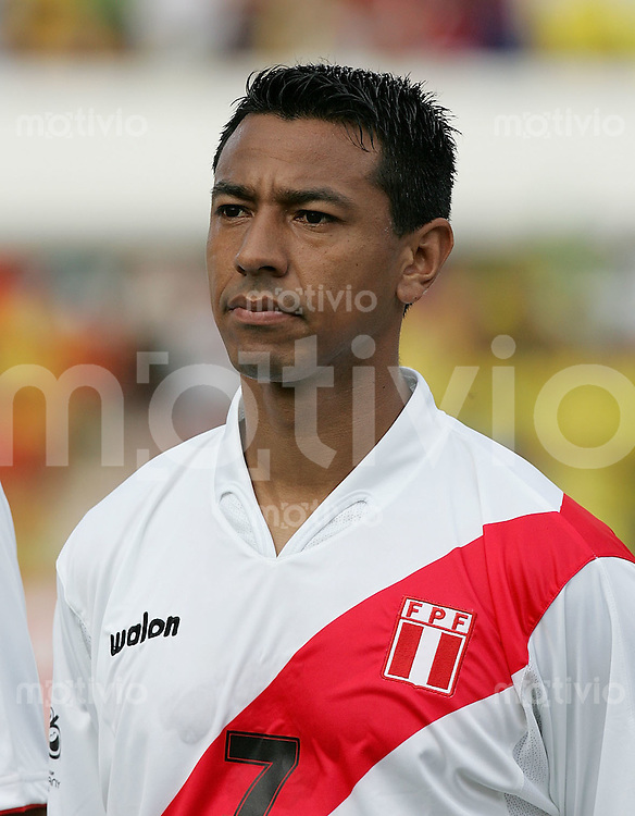 Fussball International WM Quali 2006 Brasilien  1- 0 Peru Norberto Solano (Peru) ; Portraet