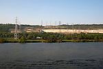 rive opposée de Porcheville site Edf