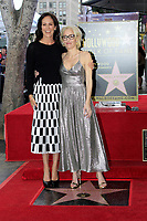 LOS ANGELES - JAN 8:  Annabeth Gish, Gillian Anderson at the Gillian Anderson Star Ceremony on the Hollywood Walk of Fame on January 8, 2018 in Los Angeles, CA