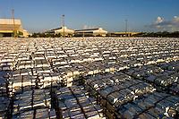 Produção de alumínio.<br /> Refinaria da Albras.<br /> Barcarena, Pará, Brasil.<br /> Foto Paulo Santos 2004