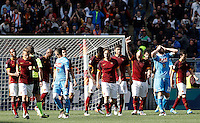 Calcio, Serie A: Roma vs Napoli. Roma, stadio Olimpico, 25 aprile 2016.<br /> Roma&rsquo;s Radja Nainggolan, fourth from right, celebrates after scoring the winning goal as Napoli's players react during the Italian Serie A football match between Roma and Napoli at Rome's Olympic stadium, 25 April 2016. Roma won 1-0.<br /> UPDATE IMAGES PRESS/Isabella Bonotto