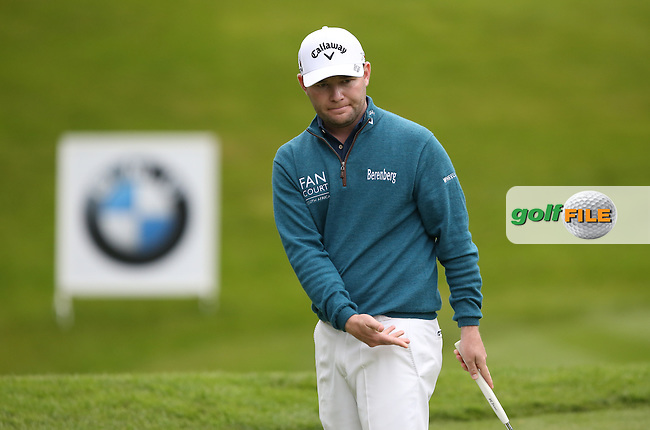 Branden Grace (RSA) not have all his way during Round Three of the 2015 BMW PGA Championship over the West Course at Wentworth, Virginia Water, London. 23/05/2015. Picture David Lloyd | www.golffile.ie.