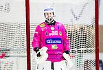 V&auml;ster&aring;s 2015-01-11 Bandy Elitserien V&auml;ster&aring;s SK  - Broberg S&ouml;derhamn :  <br /> Broberg S&ouml;derhamns m&aring;lvakt Henrik Rhenvall i aktion under matchen mellan V&auml;ster&aring;s SK  och Broberg S&ouml;derhamn <br /> (Foto: Kenta J&ouml;nsson) Nyckelord:  Bandy Elitserien ABB Arena Syd V&auml;ster&aring;s SK VSK Broberg S&ouml;derhamn portr&auml;tt portrait