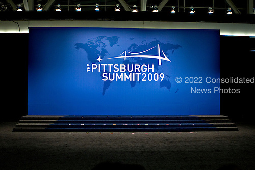 Pittsburgh, PA - September 25, 2009 -- A riser sits empty before leaders from the Group of 20 nations take part in a group photo on day two of the G-20 summit in Pittsburgh, Pennsylvania, U.S., on Friday, September 25, 2009. G-20 leaders are working on an accord to prevent a repeat of the worst global financial crisis since the Great Depression and ensure a sustained recovery. .Credit: Andrew Harrer / Pool via CNP