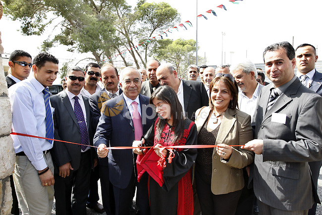 Palestinian Prime Minister Salam Fayyad during the opening the village of heritage Crafts in Beit Sahour on Oct 20,2009. Photo by Mustafa Abu Dayeh.