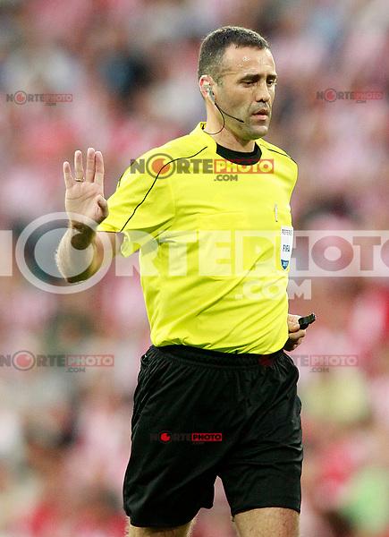Referee Pavle Radovanovic during Europa League Third Qualifying Round, 2nd leg. April 5,2012. (ALTERPHOTOS/Acero) /NortePhoto.com