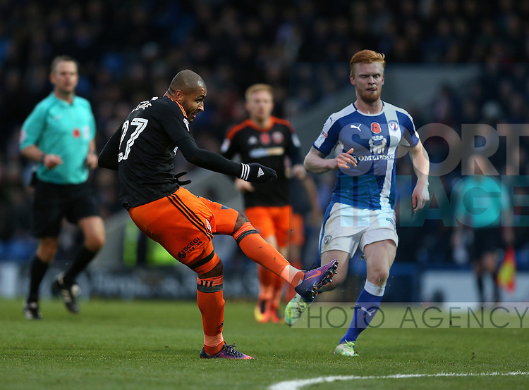 Leon Clarke of Sheffield Utd score his goal during the English League One match at the Proact Stadium, Chesterfield. Picture date: November 13th, 2016. Pic Simon Bellis/Sportimage