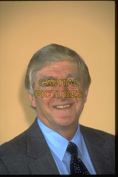 MICHAEL PARKINSON.Ref: 4377.headshot, portrait.*RAW SCAN - photo will be adjusted for publication*.www.capitalpictures.com.sales@capitalpictures.com.© Capital Pictures