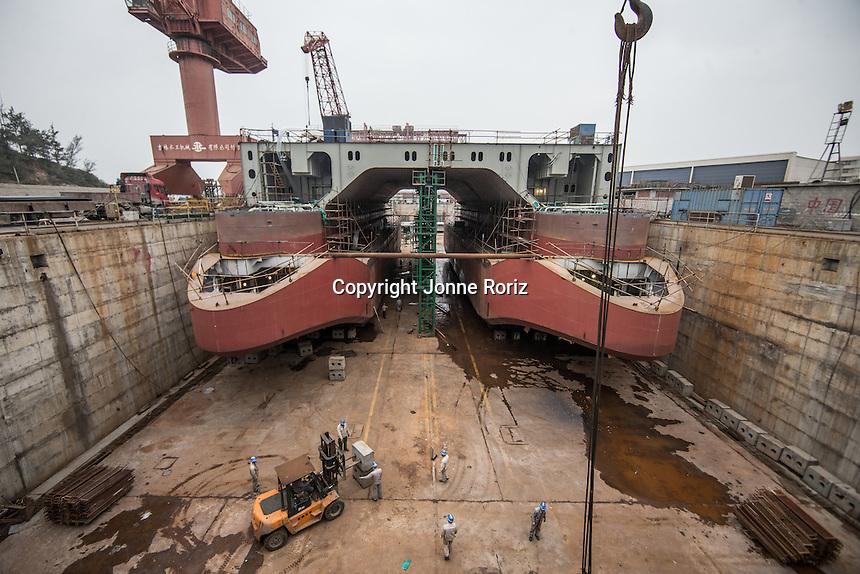 China- 10/12/2013 - Flotel unidade Venus da GranEnergia na cidade de Pingtan - China. Foto Jonne Roriz