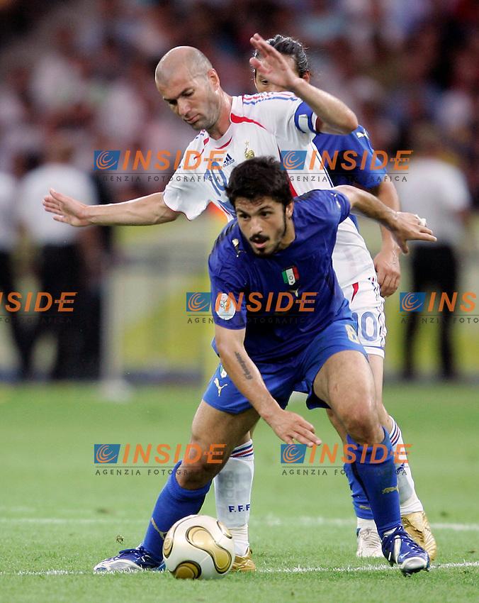 Berlino 9/7/2006 World Cup 2006 - Italia Francia 6-4 (d.c.r.).Italia Campione del Mondo..Zinedine ZIDANE of France and Gennaro GATTUSO of ITaly.Photo Andrea Staccioli Insidefoto.