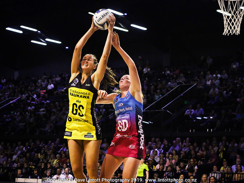 Ameliaranne Ekenasio (left) in action during the 2019 ANZ Premiership netball match between the Central Pulse and Southern Steel at TSB Bank Arena in Wellington, New Zealand on Monday, 25 March 2019. Photo: Mike Moran / lintottphoto.co.nz