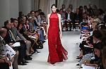 A model walks the runway during the Oscar de la Renta presentation at New York Fashion Week in New York, Tuesday, September 15, 2015. AFP PHOTO/TREVOR COLLENS
