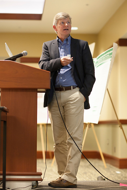 Darrell Neufer, PhD, Director at the East Carolina Diabetes and Obesity Institute and<br /> professor of physiology and kinesiology at East Carolina University in Greenville, North Carolina, gives a keynote speech titled &quot;Viewing Diabetes from a Mitochondrial Bioenergetics Perspective&quot; in Nelson Commons on Saturday, November 14, 2015. Photo by Kaitlin Owens