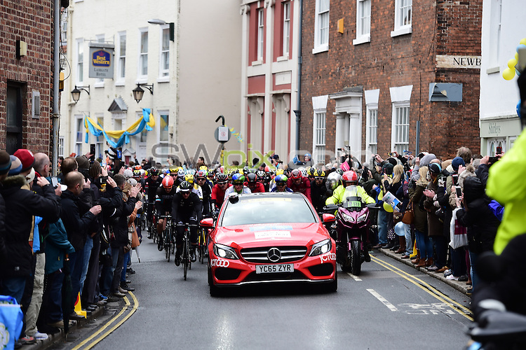 Pictures by SWpix.com - 29 /04/2016 - Cycling - Tour de Yorkshire Day 1 - Stage 1  - England - Mens Race - Beverley to Settle -  The riders roll out of Beverley