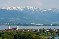 DEU, Deutschland, Bayern, Bayerisch Schwaben, Bodensee, Blick ueber Lindau bis zum Bregenzer Wald | DEU, Germany, Bavaria, Bavarian Swabia, Lake Constance, view across Lindau towards Vorarlberg in Austria