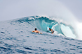 INDONESIA, Mentawai Islands, Kandui Resort, surfing a wave at Bankvaults