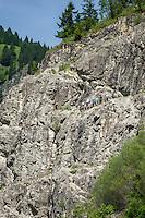 Germany, Bavaria, Swabia, Upper Allgaeu, near resort Bad Hindelang in Ostrach Valley: starting point for climbing lessons | Deutschland, Bayern, Schwaben, Oberallgaeu, bei Bad Hindelang im Ostrachtal: bei der Kanzelhuette am Jochpass werden Bergsteigerkurse angeboten