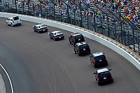 Verizon IndyCar Series<br /> Indianapolis 500 Race<br /> Indianapolis Motor Speedway, Indianapolis, IN USA<br /> Sunday 28 May 2017<br /> The motorcade of Vice-President Mike Pence move through turn one.<br /> World Copyright: F. Peirce Williams<br /> LAT Images