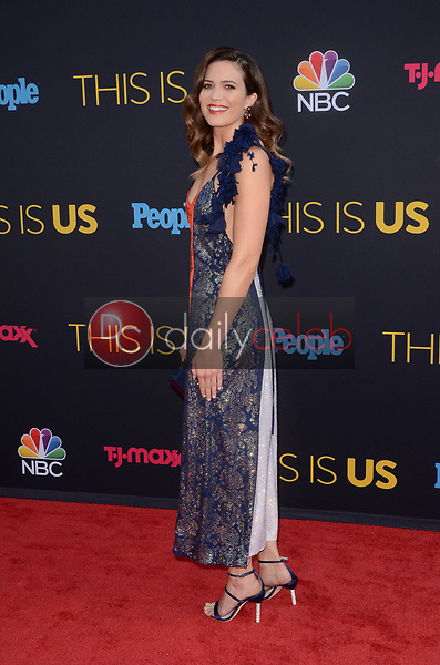 Mandy Moore<br /> at the &quot;This Is Us&quot; Season 2 Premiere Red Carpet, Neuehouse, Hollywood, CA 09-26-17<br /> David Edwards/DailyCeleb.com 818-249-4998